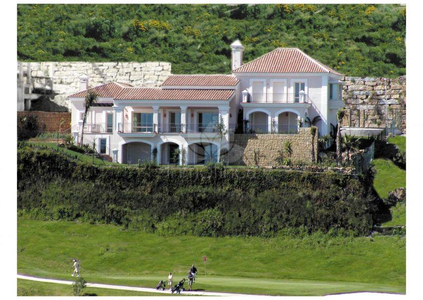 Villa en La Alqueria, Benahavis