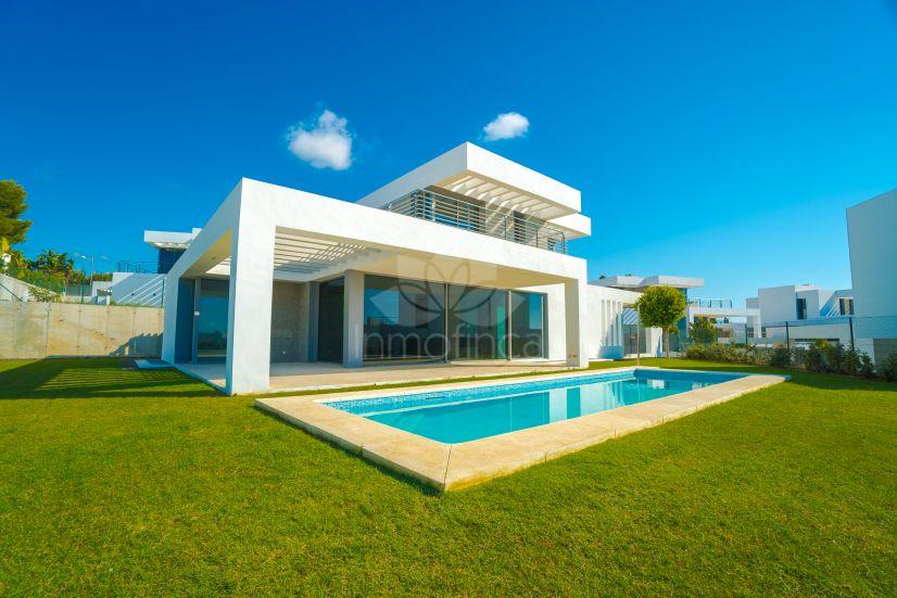 Villa in Cancelada, Estepona