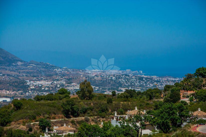 Parcela en La Mairena, Marbella