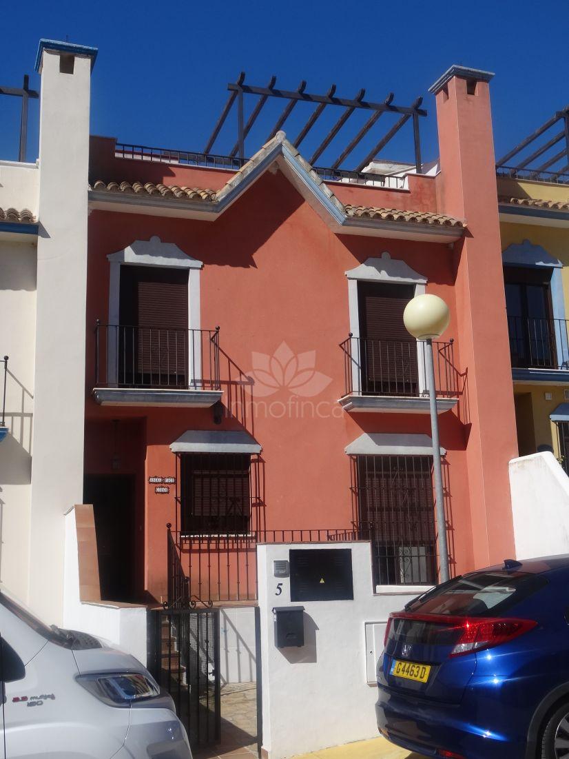 Town House in Santa Margarita, La Linea de la Concepcion