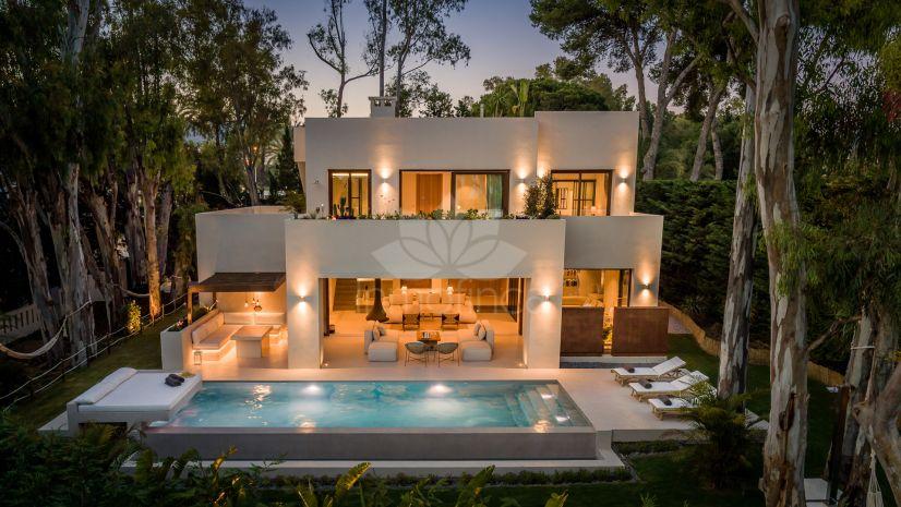 Villa en Los Monteros Playa, Marbella