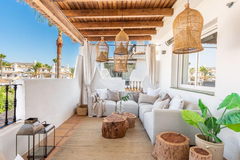 Apartment in Los Naranjos de Marbella, Marbella