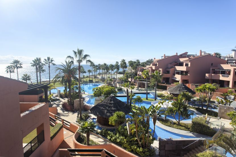 Penthouse for sale in Mar Azul, Estepona