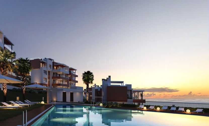 Beachside complex of modern apartments with sea views in Fuengirola