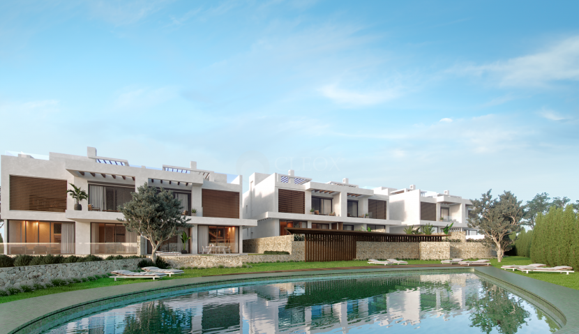 A boutique development of 6 luxury homes with golf and sea views