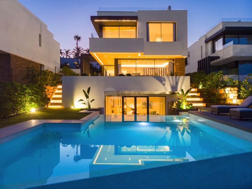 9 Scandinavian design villas in between Marbella and Estepona