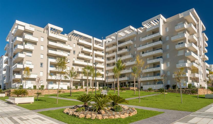 Modern building in a quiet residential area of Nueva Andalucia, 2 Km from Puerto Banus