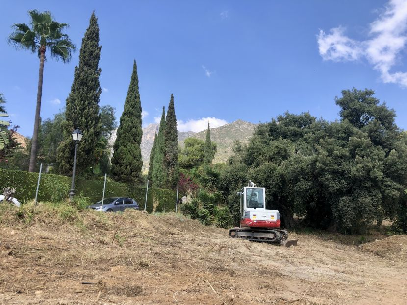 Plot for sale in Cascada de Camojan, Marbella Golden Mile, Marbella