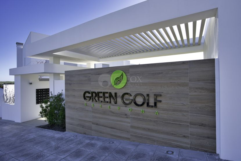 Contemporary townhouses, frontline golf in Estepona