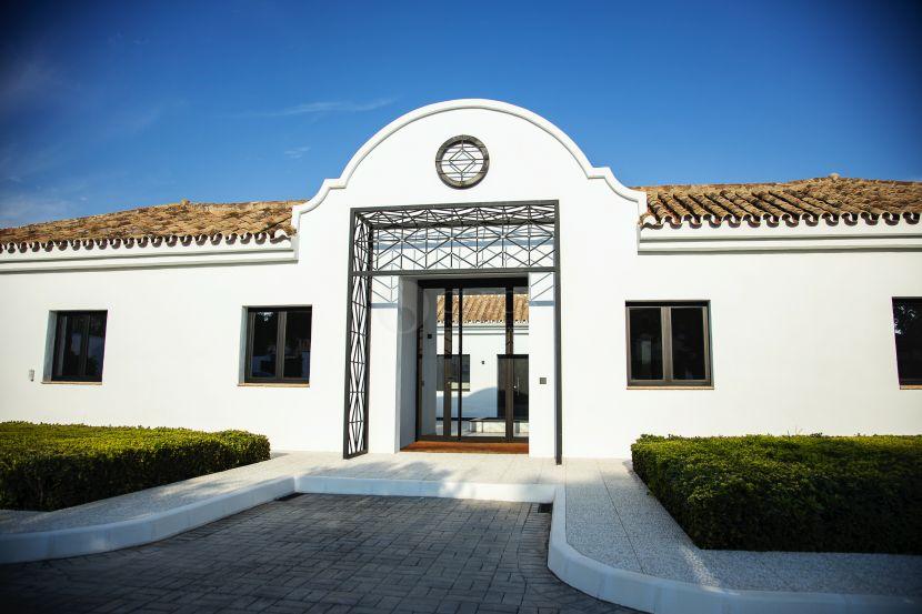 Cortijo for sale in Cancelada, Estepona