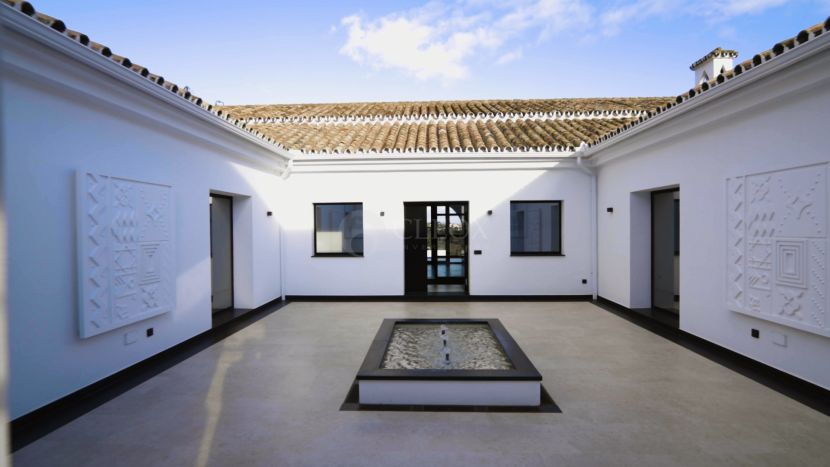 Cortijo for sale in Cancelada, Estepona