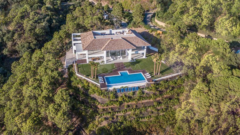 Mansion for sale in La Zagaleta, Benahavis