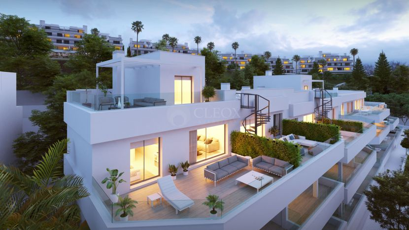 New contemporary and exclusive apartments and townhouses in a New Golden Mile in Estepona