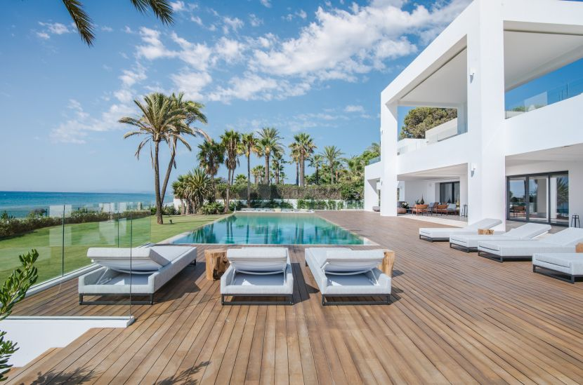 Mansion for sale in Paraiso Barronal, Estepona
