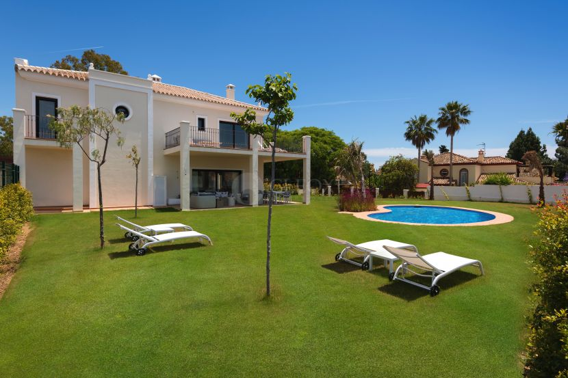 Semi Detached House for sale in Guadalmina Baja, San Pedro de Alcantara