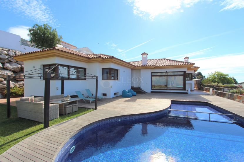 Villa for sale in El Higueron, Fuengirola