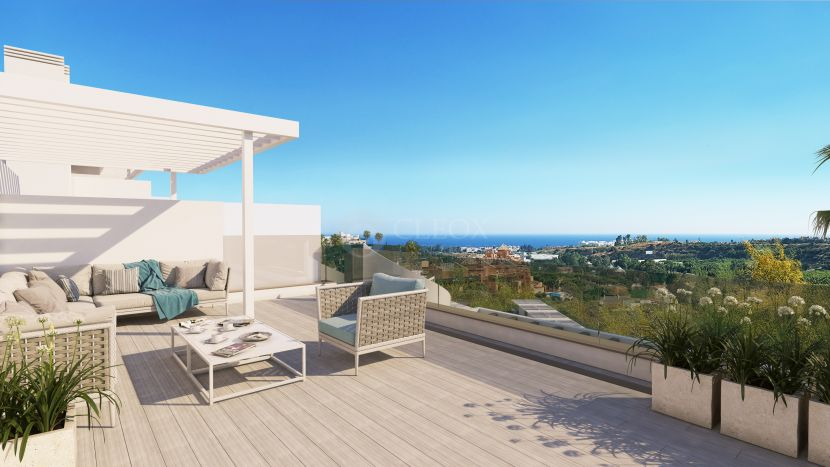 New ultra-contemporary apartments and penthouses with seaviews in New Golden Mile in Estepona
