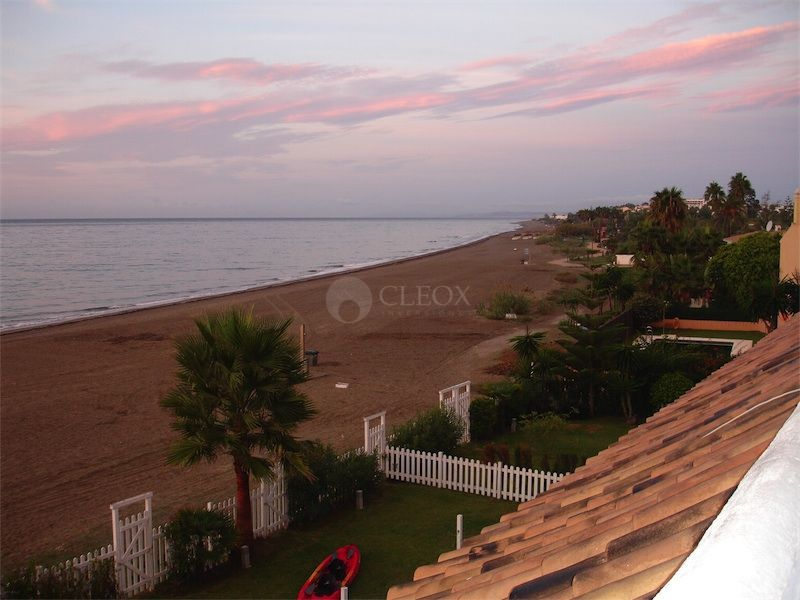 Town House for sale in El Saladillo, Estepona