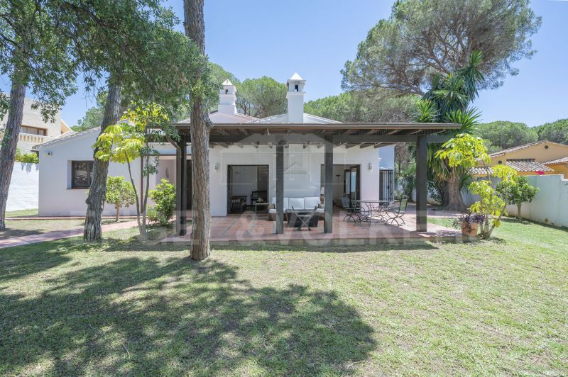 Cozy house in the heart of Elviria