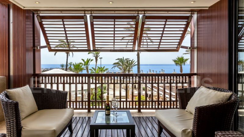 Great Investment opportunity on beachfront Puerto Banús!