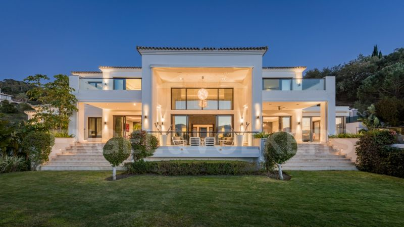 Luxury designer villa with open views in La Zagaleta