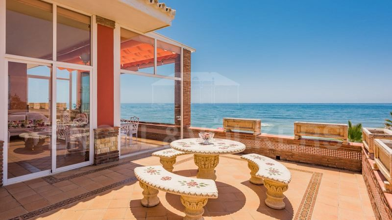 First line Beach villa in Cabopino, Marbella East, Cabopino