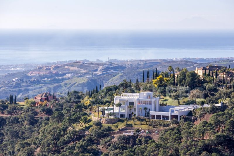 Unique Contemporary Luxury Villa with panoramic sea views in La Zagaleta