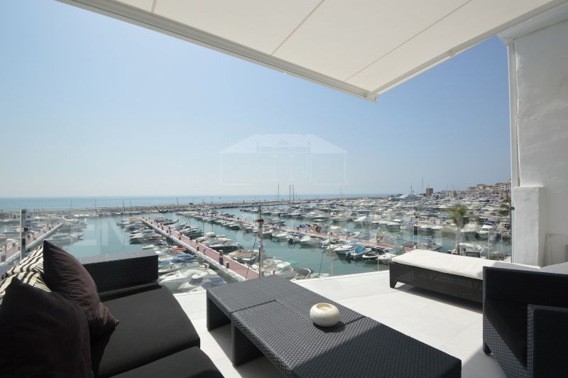 Fantastic Frontline Apartment on the Marina of Puerto Banús