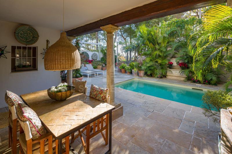 Semi-fritliggende hus til salg i Marbella Golden Mile