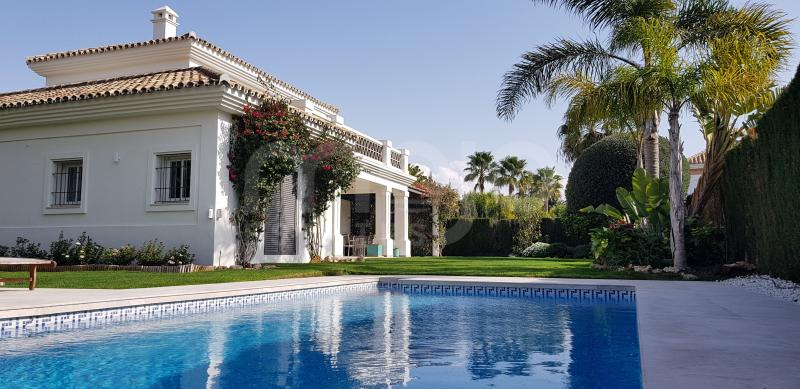 Villa till salu i Guadalmina Baja, San Pedro de Alcantara