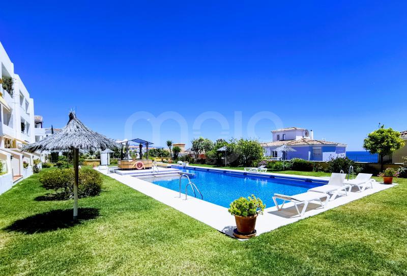 Apartamento de 3 dormitorios en la Planta Baja en Hill Club, Hacienda Guadalupe, Manilva