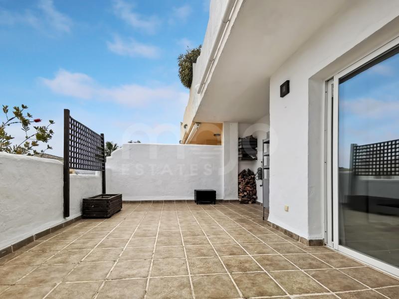 Appartement rez de chaussée à vendre dans Terrazas de la Bahía, Casares