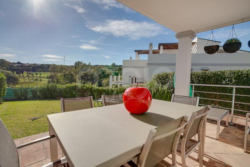 Impressive Townhouse-paired in Urbanization Estepona Golf ¡¡