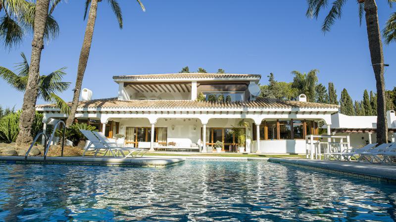Villa en venta en Guadalmina Baja, San Pedro de Alcantara