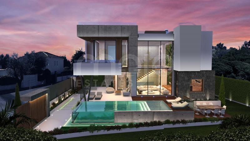 STRIKING 4 BEDROOM DESIGNER VILLA ON MARBELLA'S GOLDEN MILE