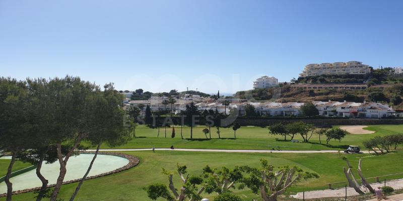 Magnifique penthouse très bien situé à Riviera del Sol, Mijas Costa.