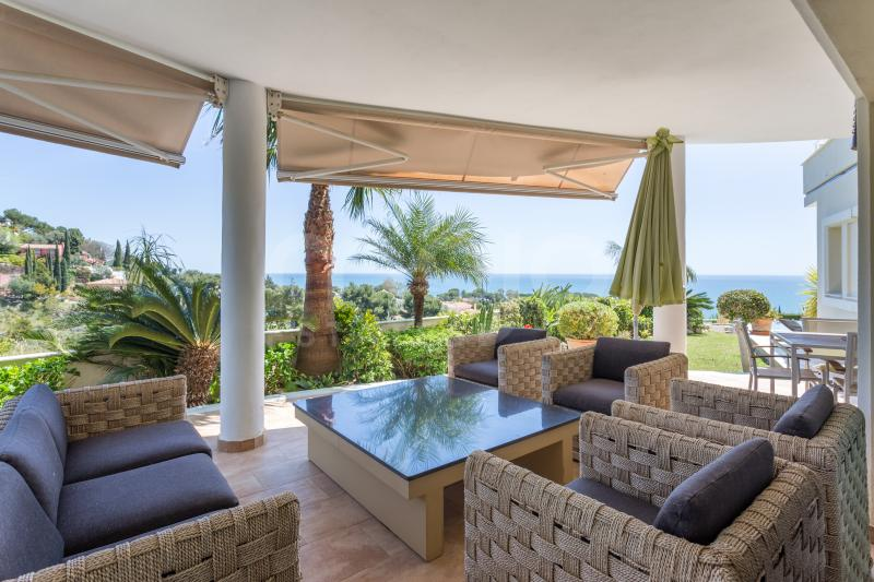 Fantastic Villa in Benalmadena Costa! Marvelous sea views and walking distance to the beach!