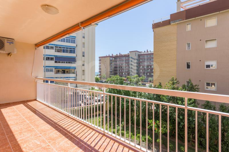 3 bedroom apartment in lower part of Torreblanca.