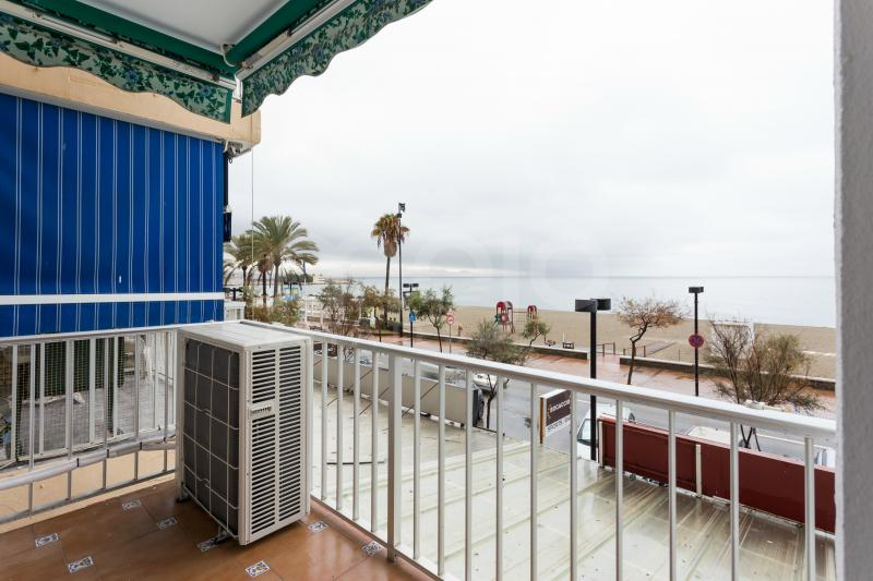 3 bed apartment on the boardwalk in Fuengirola.