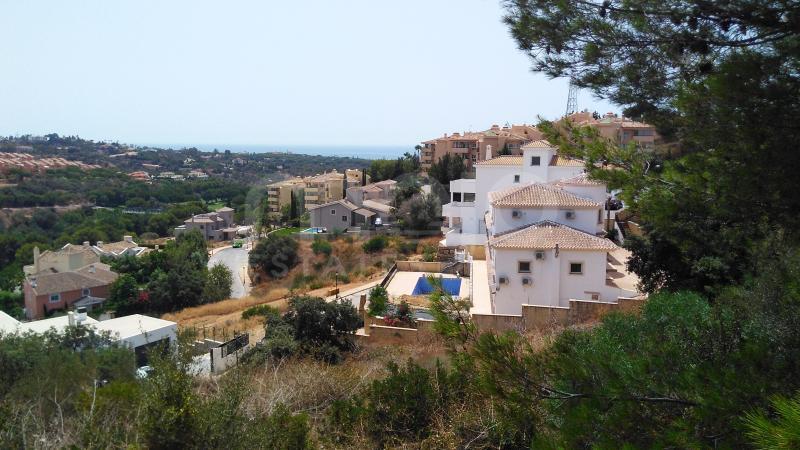 Grund til salg i Elviria, Marbella Este