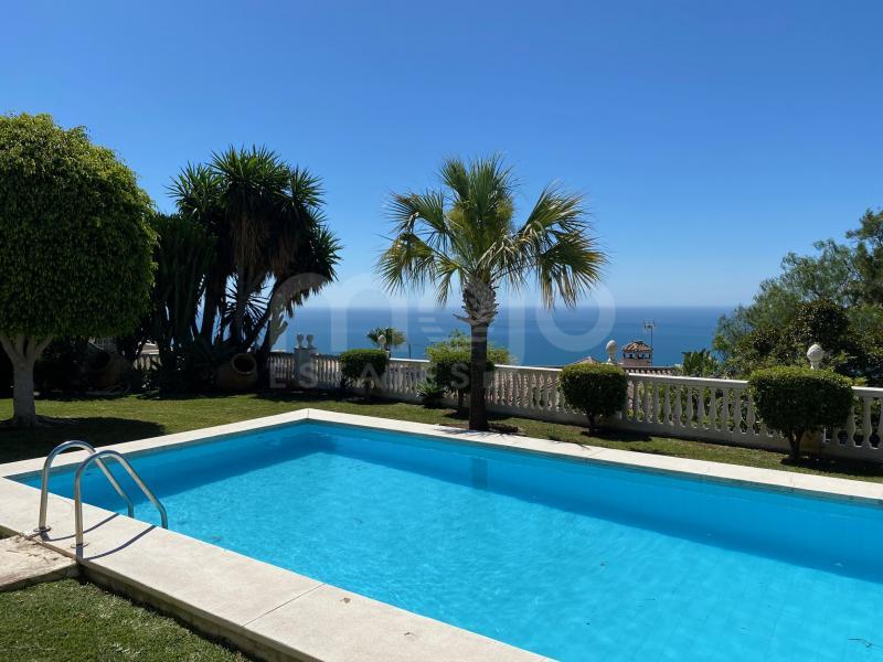 Villa en venta en La Capellania, Benalmadena