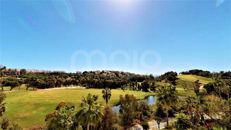 Appartement begane grond te koop in Torrequebrada, Benalmadena