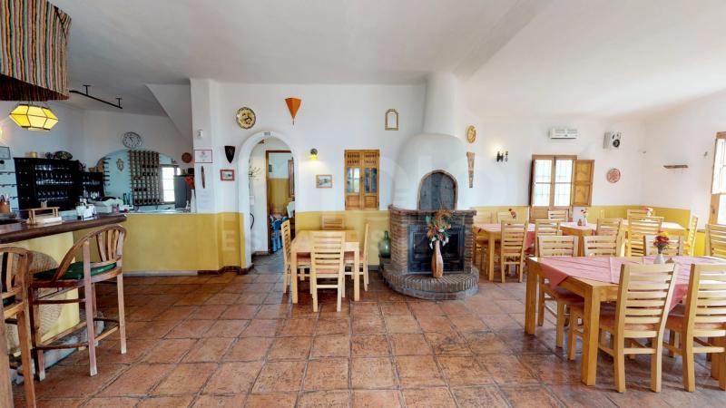 Restaurant for sale in Periana