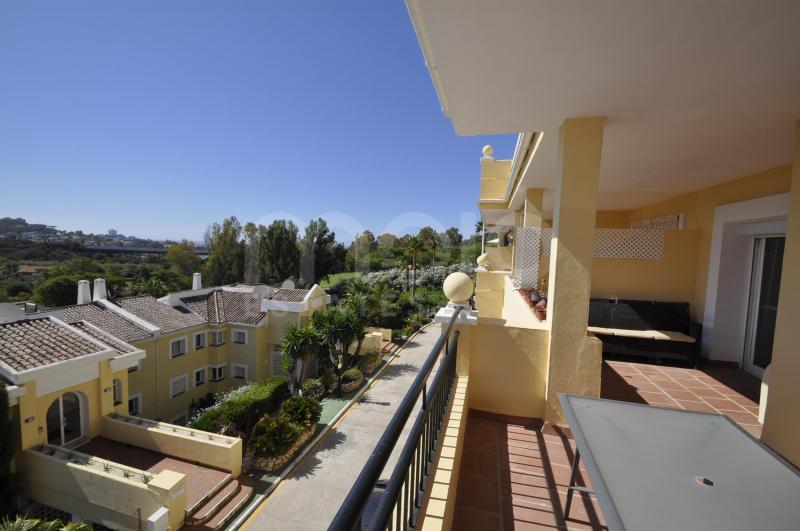 Lejlighed til salg i La Quinta, Benahavis