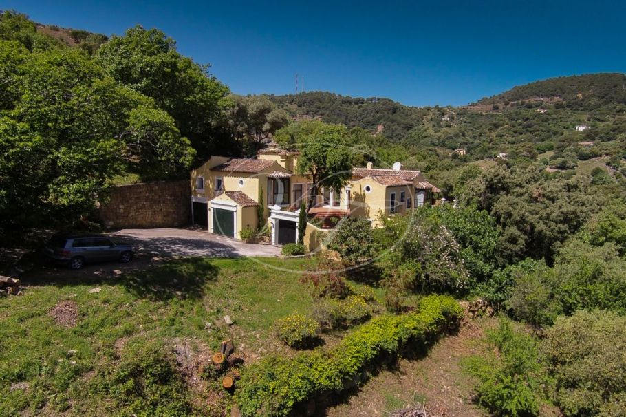 Luxury Country Villa in a private setting, Casares
