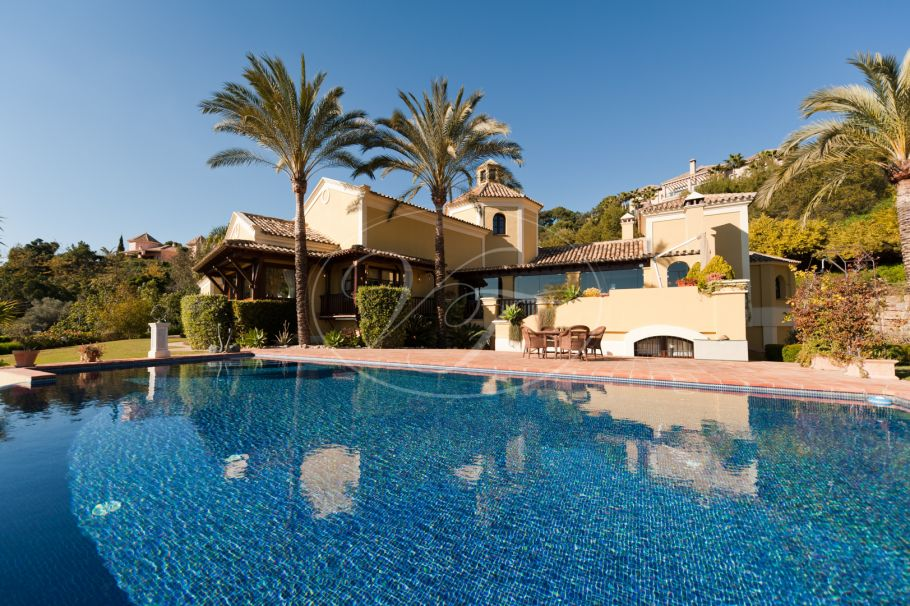 Luxury Villa for sale on a superb position with sea views, La Zagaleta