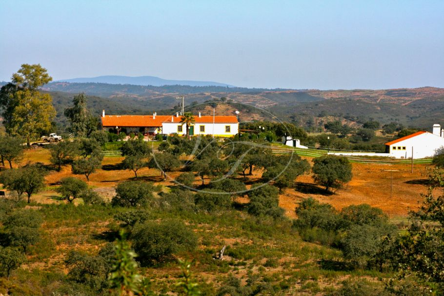 Magnificent hunting estate in Portugal near, Huelva