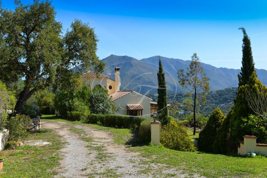 Quality finca with stunning sea views, Casares