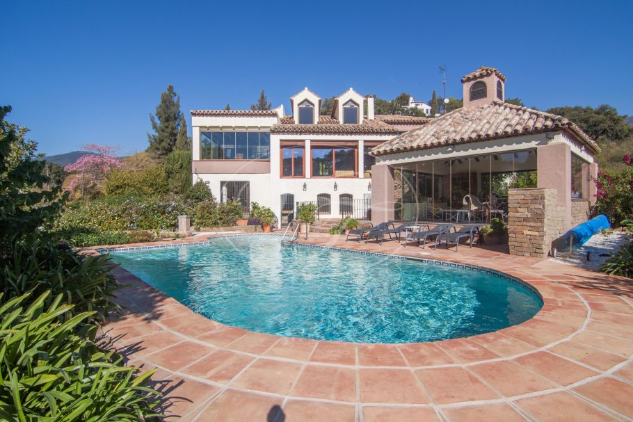 Charming Country House, Casares