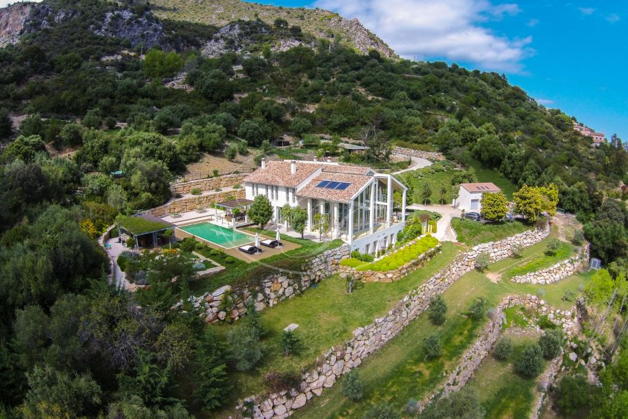 Large contemporary country estate with stunning sea views, Gaucin